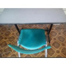 طاولات + كراسي